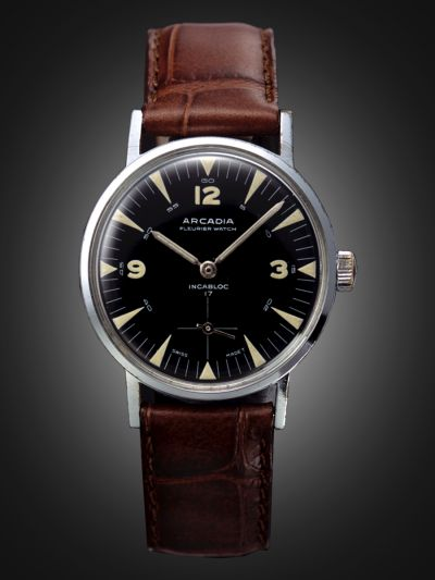 Luma Analog Watch
