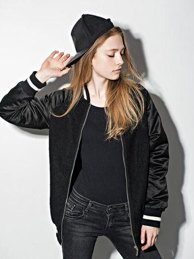 Olivia 1/4 Zip Light Jacket